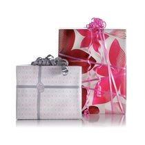 Carta regalo e cellophane